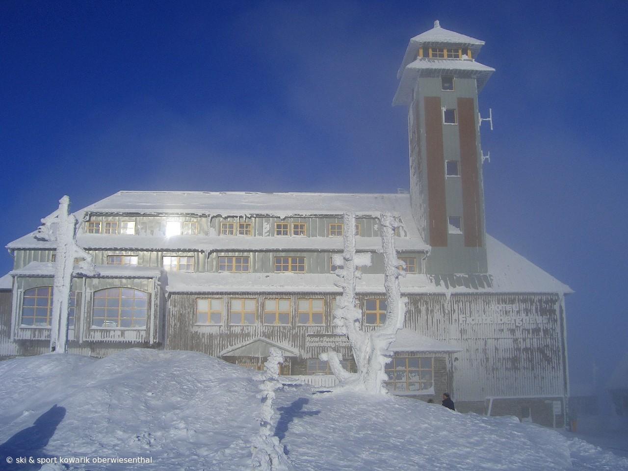Das Fichtelberghaus (28.12.2008) (c) Ski und Sport Jana Kowarik Oberwiesenthal