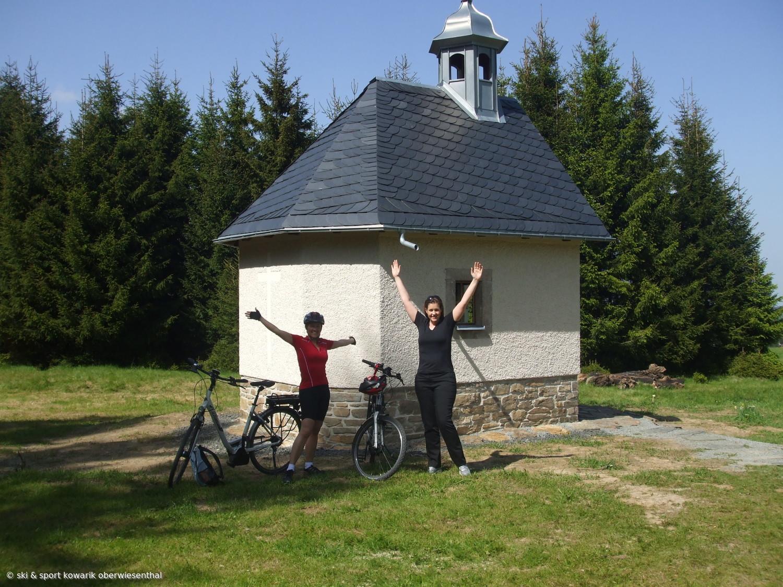 Geschafft! E-Bike-Testfahrt über den Erzgebirgskamm (c) Ski und Sport Jana Kowarik Oberwiesenthal